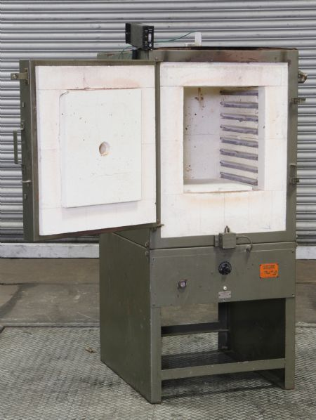 OV1582 - Wenger Model 3040W Toolroom Furnace