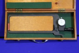 NAB1008 - Dial Calipher Gauge