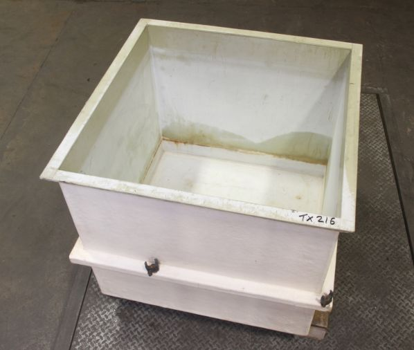 Polypropylene Tank 1015 x 1015 x 920 mm