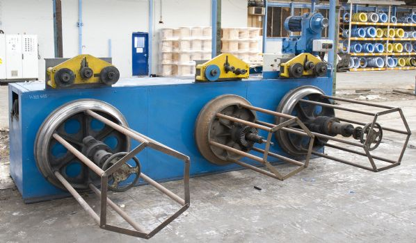 Capstan winder Benches