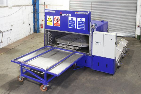 MCF 2800 3 stage Multi Process Front Loading Cleaner