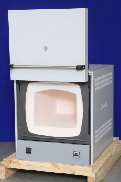 SNOL 1100°C & 1300°C Tool Room Muffle Furnace Range (39/1100 LHM01 shown)